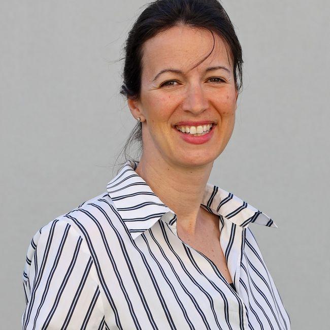 Nadine Desiere